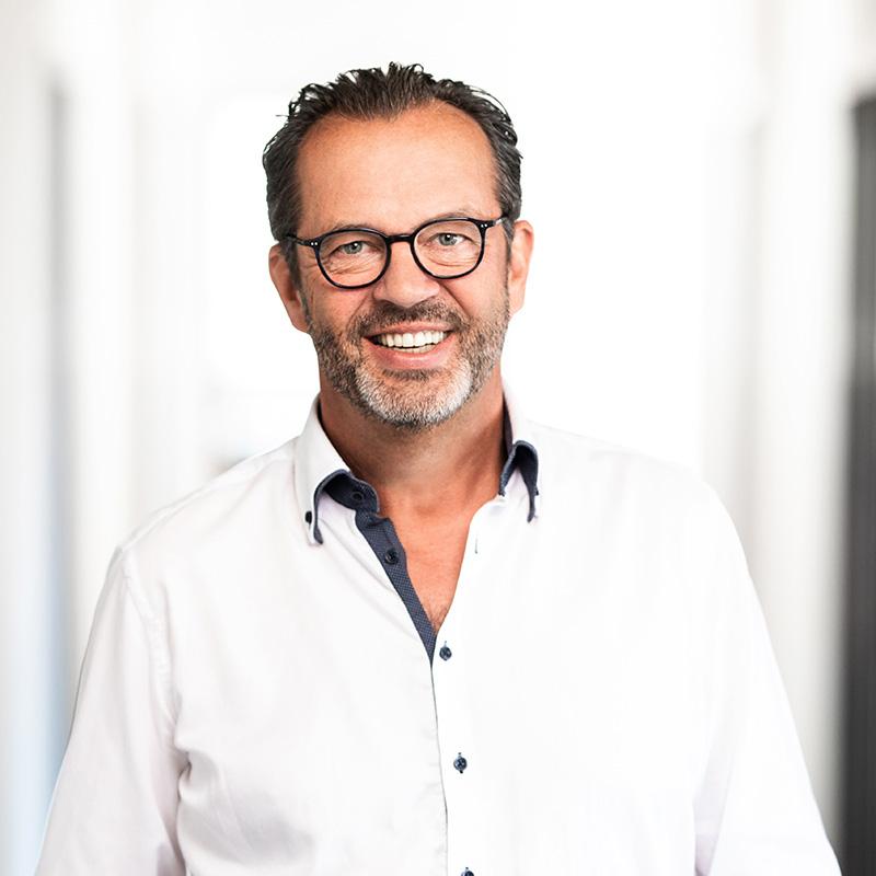 Dirk Merschmann | Geschäftsleitung | GST mbH